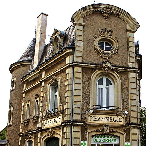 L'ancienne pharmacie des Ormes